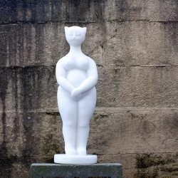 figurative sculpture by ellen scobie, vancouver sculpture studio
