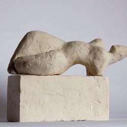 contemporary figurative sculpture in terracotta